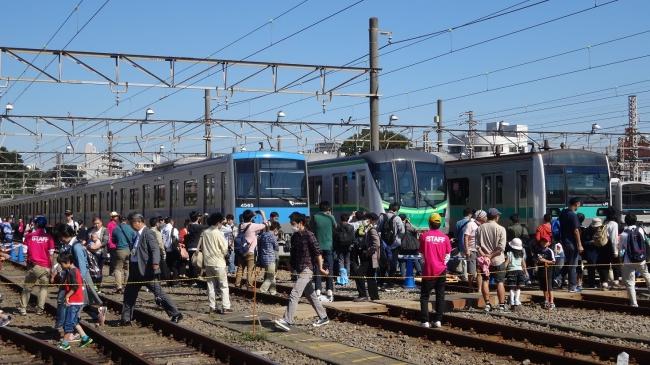 「小田急ファミリー鉄道展 2017」10月21日(土)・22日(日)、海老名電車基地・ビナウォークにて開催