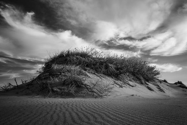 消えては生じる、雲・砂山・風紋