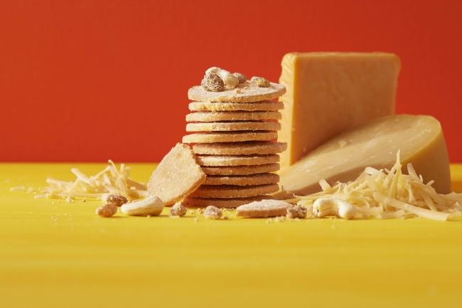 チーズクッキー(ゴーダ&チェダー)