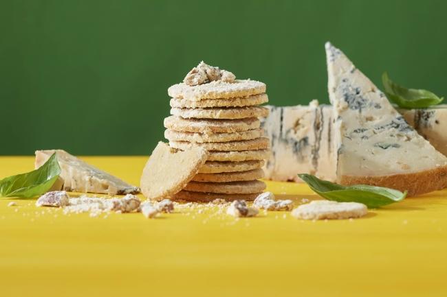 チーズクッキー(ゴルゴンゾーラ&バジル)