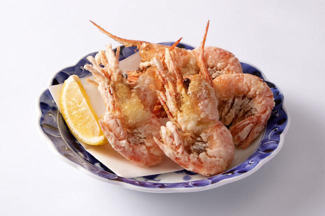 丸ごと食べられる、みんな大好きな唐揚! 599円(税抜)