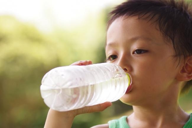 ■夏バテしやすい子どもが増えているのは、発汗不足と栄養不足!? ■... 子どもの夏バテが増加中