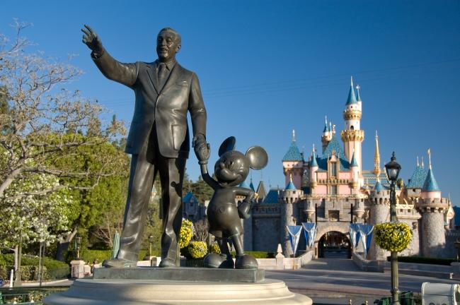 ディズニーランド・パーク     (C)Disney