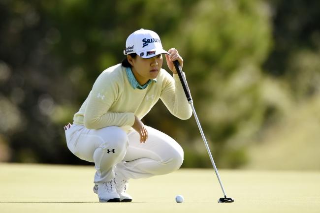 賞金 ゴルフ 女王 女子