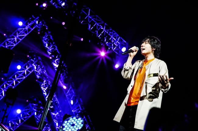2年越しの約束を果たしたflumpoolが原点の大阪城ホールで魅せた未来とリアル。いよいよ2/27(木)にWOWOWで全曲ノーカット放送!