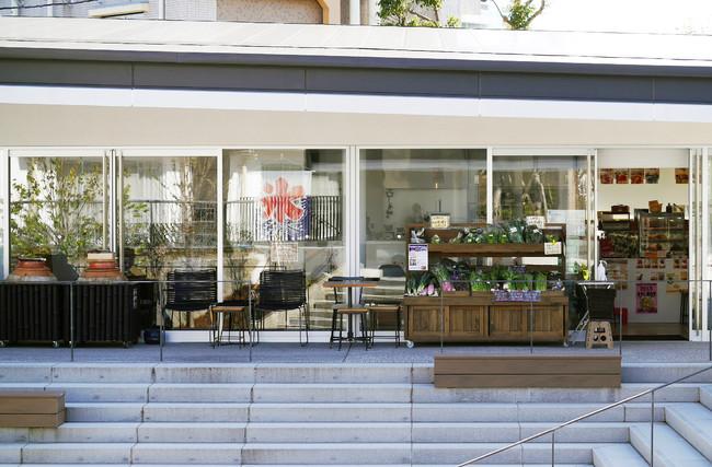 団地のカフェ (団地の集会所 OPEN RING内施設)