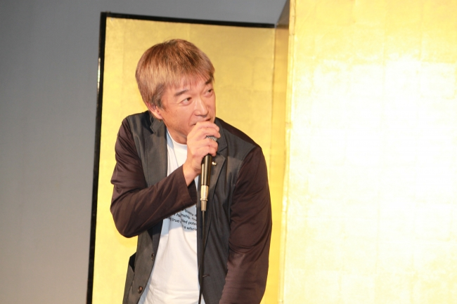 2つ目のキーノートに登壇した、  ワコール 猪熊敏博氏。