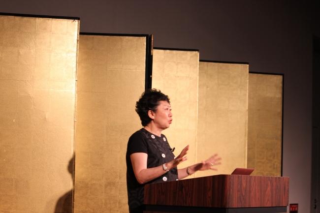 キーノートセッションに登壇した、  Office WaDa 代表 和田浩子氏。