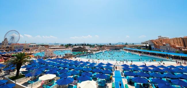 ジョイアマ―レの浜辺