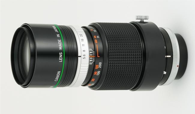 キヤノン初の人工蛍石採用カメラ用交換レンズ「FL-F300mm F5.6」(1969年5月発売)