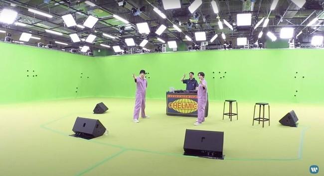 通常カメラからの映像(ワーナーミュージック・ジャパン様提供)