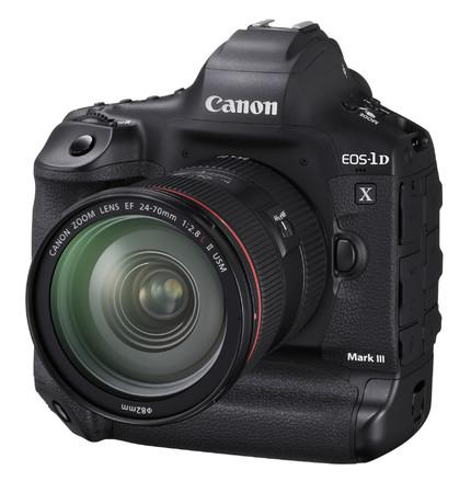 EOS-1D X Mark III (デジタル一眼レフカメラ)*EF24-70mm F2.8L II USM装着時