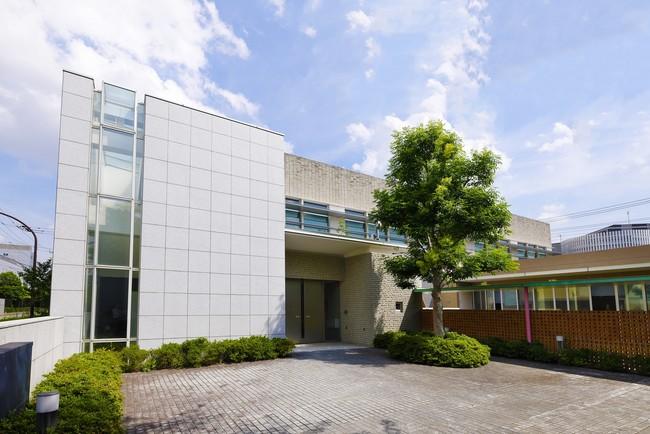 ワクチン接種会場として大田区に提供するキヤノン下丸子体育館(外観)