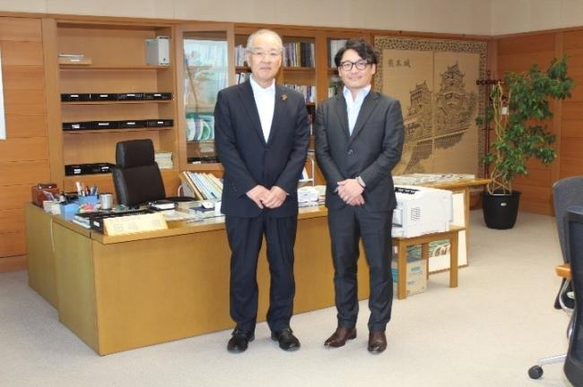 田嶋徹副知事と代表取締役古見彰里