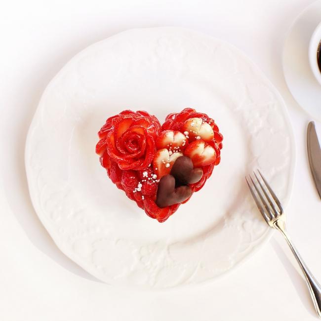バレンタインケーキ ~いちごとチョコレートのケーキ~