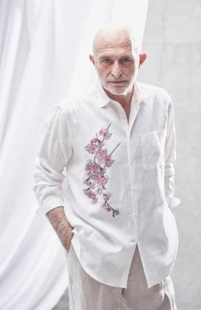 [アルチザン・メン]シャツ 42,120円、パンツ 35,640円(全て税込)