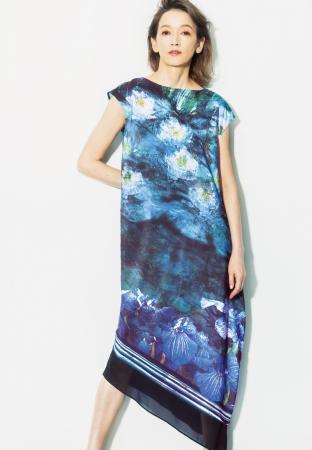 【池のあやめ】[β(ベータ)]ドレス(9号)65,880円、(13号)69,120円 *全て税込