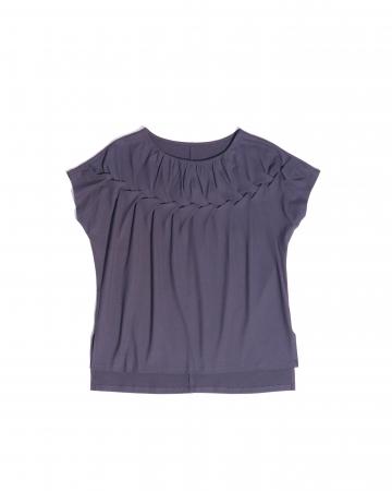 Tシャツ 8,640円(税込)