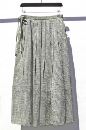 スカート 30,800円(税込)カラー:茶、緑