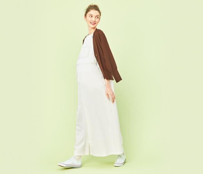 サロペットスカート 30,800円 カラー:ホワイト、ベージュ