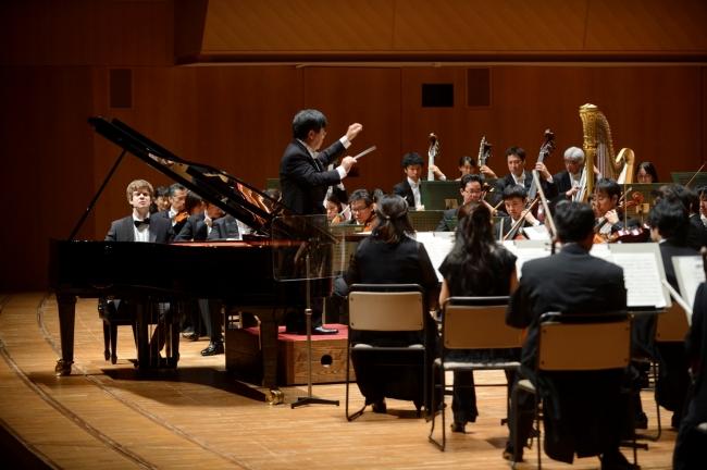 世界で注目の若手ピアニストが横浜みなとみらいホールに集結1