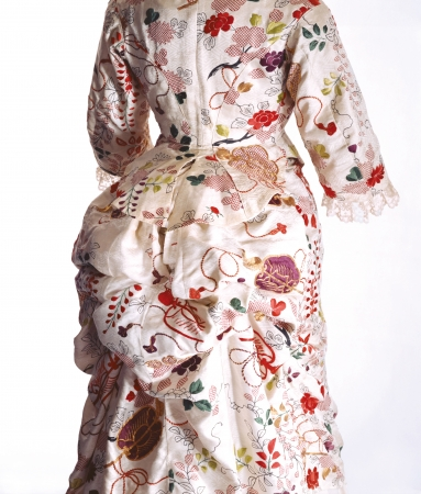 ターナー[イギリス]「ドレス」/1870年代/京都服飾文化研究財団蔵/リチャード・ホートン撮影