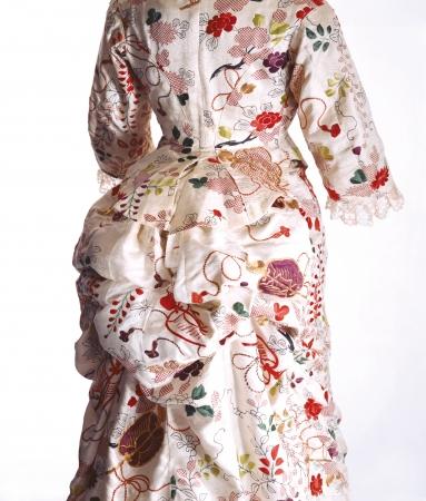 ターナー「ドレス」 1870年代 京都服飾文化研究財団蔵 リチャード・ホートン撮影