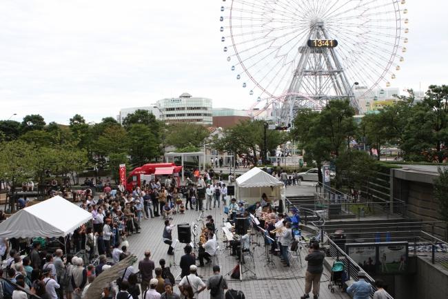 横濱 JAZZ PROMENADE 2016年 クイーンズパーク (c)YJP (撮影:クルー長沢)