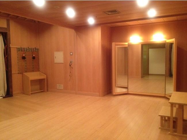 横浜能楽堂 鏡の間