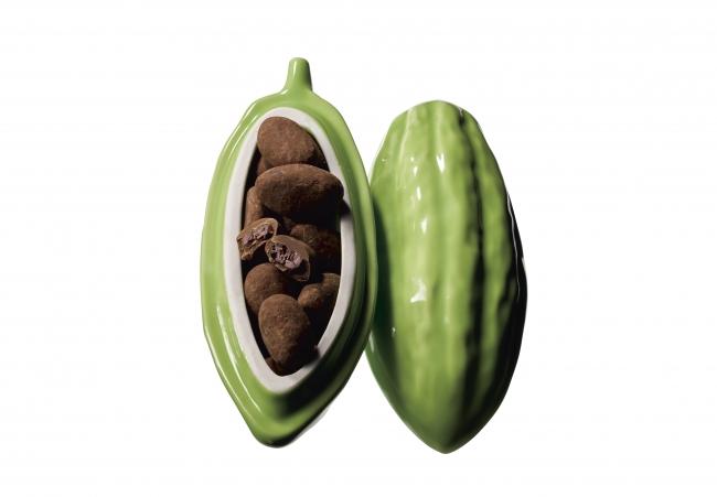 日本「ミュゼ・ドゥ・ショコラ テオブロマ」 cacao de cacao(カカオ デュ カカオ) (60g)2,916円<阪急限定>