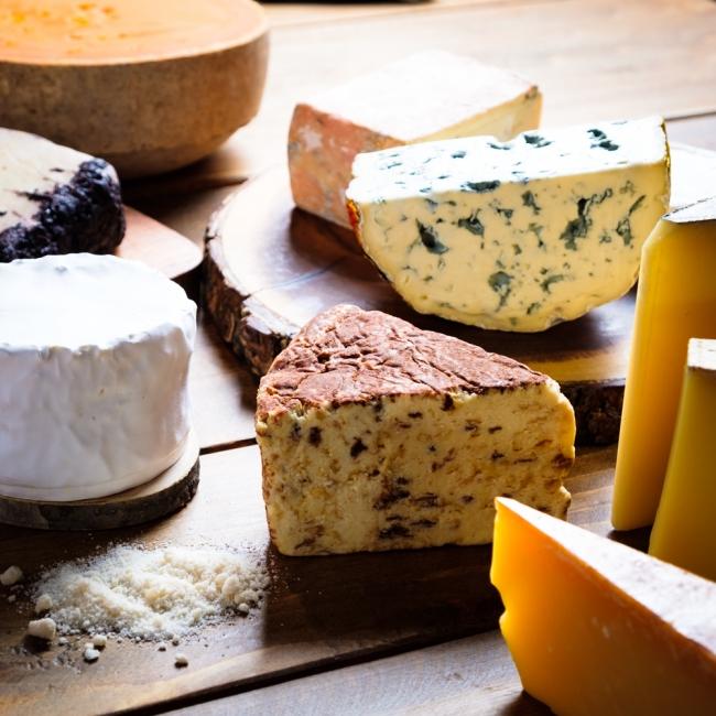 フードメディア(FoodMedia)が提供するチーズプレートの画像