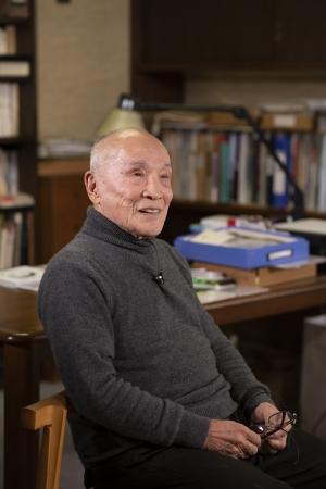 谷川俊太郎氏  撮影:川しまゆうこ