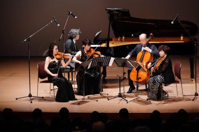 弦楽カルテット&ピアノによるミニコンサートも(プレミア前夜祭)