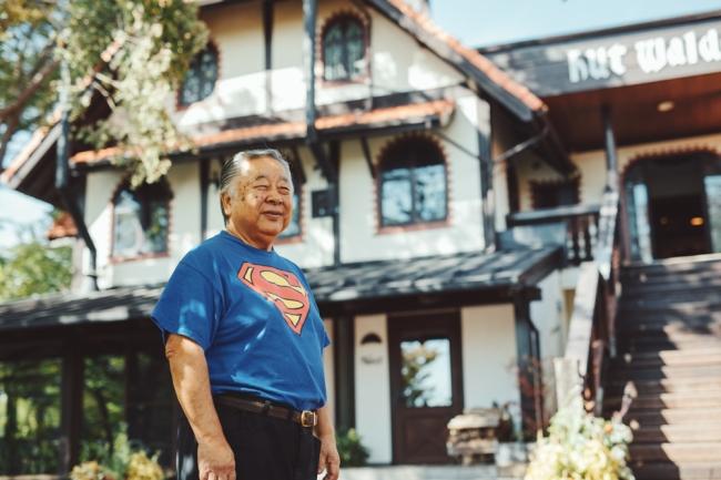 1997年にブルワリーを創業した舩木上次(ふなき・じょうじ)萌木の村株式会社 代表取締役社長