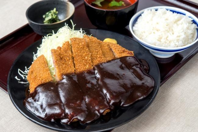 『百年味噌わらじカツ膳』1,580円(+税)
