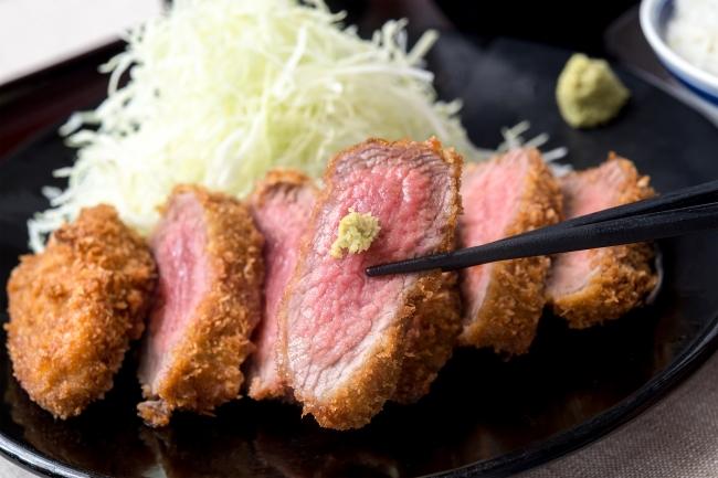 『名物 厚切り牛カツ膳』:1,580円(+税)