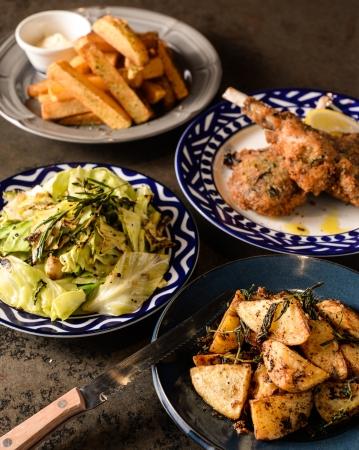 自家製・手仕込みの肉料理をご提供。
