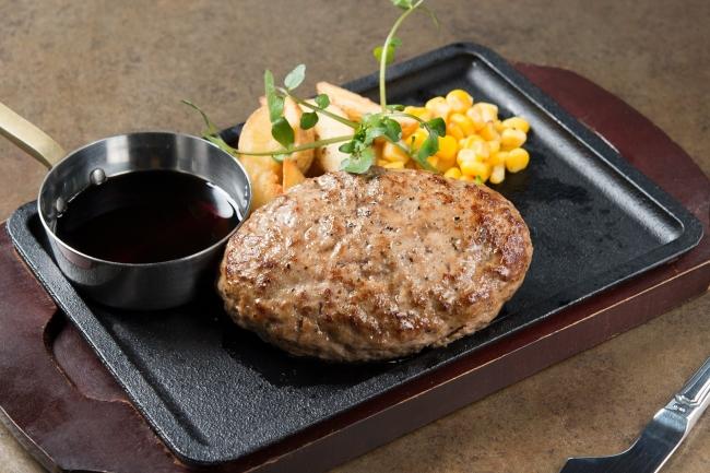 「熟成牛ハンバーグ」:980円(+税)