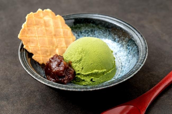 「宇治抹茶アイス」:380円(+税)