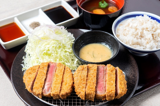 「牛タンカツねぎ味噌膳」:1780円(+税)