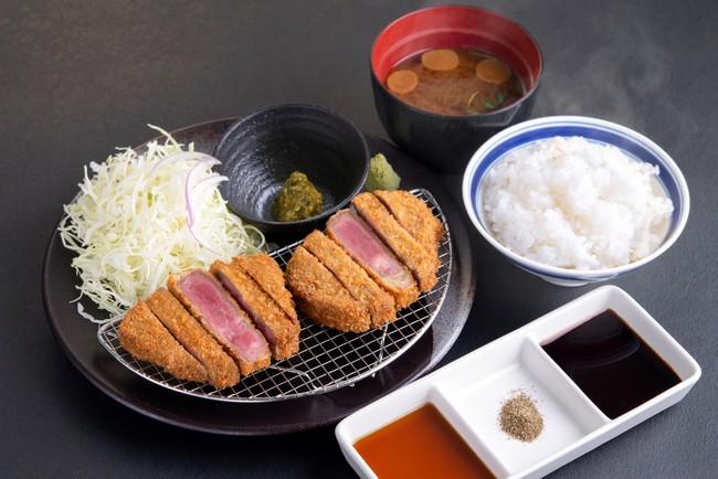 「厚切り牛タンカツ膳」:1,890円(税込2,079円)