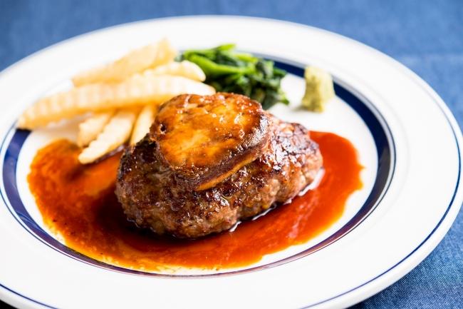毎日10食限定の『サービス熟成牛フォアグラハンバーグランチ』1200円(+税)