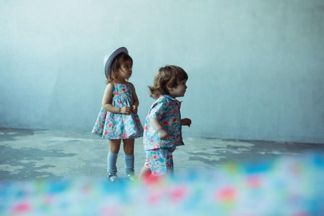 """ワンピース""""doudou(ドゥドゥ) dress"""" 、 上下セットアップ""""doudou shirts""""、 """"doudou shorts"""" カラーはすべてdahlia"""