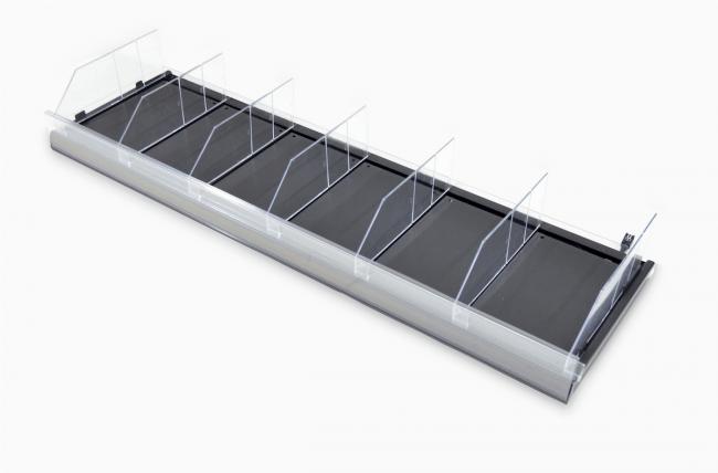 常温用センサー付き棚板 (写真提供:オカムラ)
