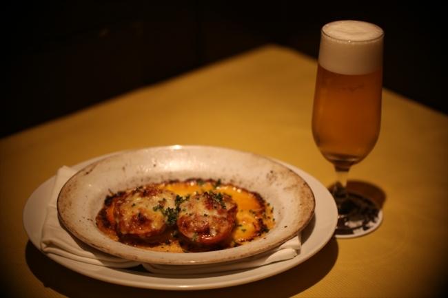 タベルナクアーレ恵比寿 「トマトのチーズ焼きディアボラ風」