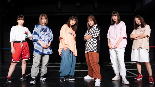写真)左から上村亜柚香、松本慈子、山内鈴蘭、斉藤真木子、井田玲音名、杉山愛佳
