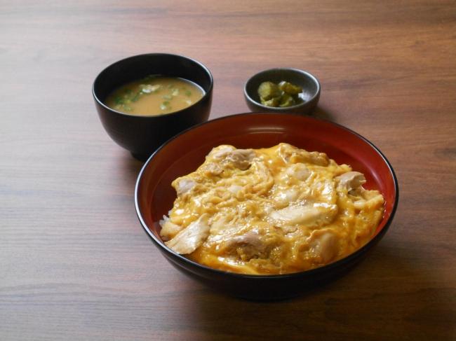 川俣シャモの親子丼 (安積PA 下り線)