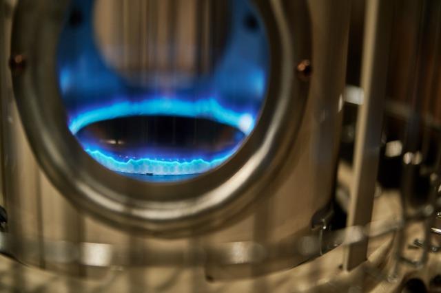 実物のブルーフレームの青い炎