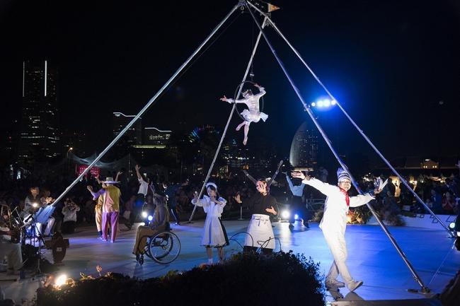 ヨコハマ・パラトリエンナーレ2017でのサーカス公演の様子