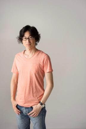 東山彰良氏(C)森清(講談社)